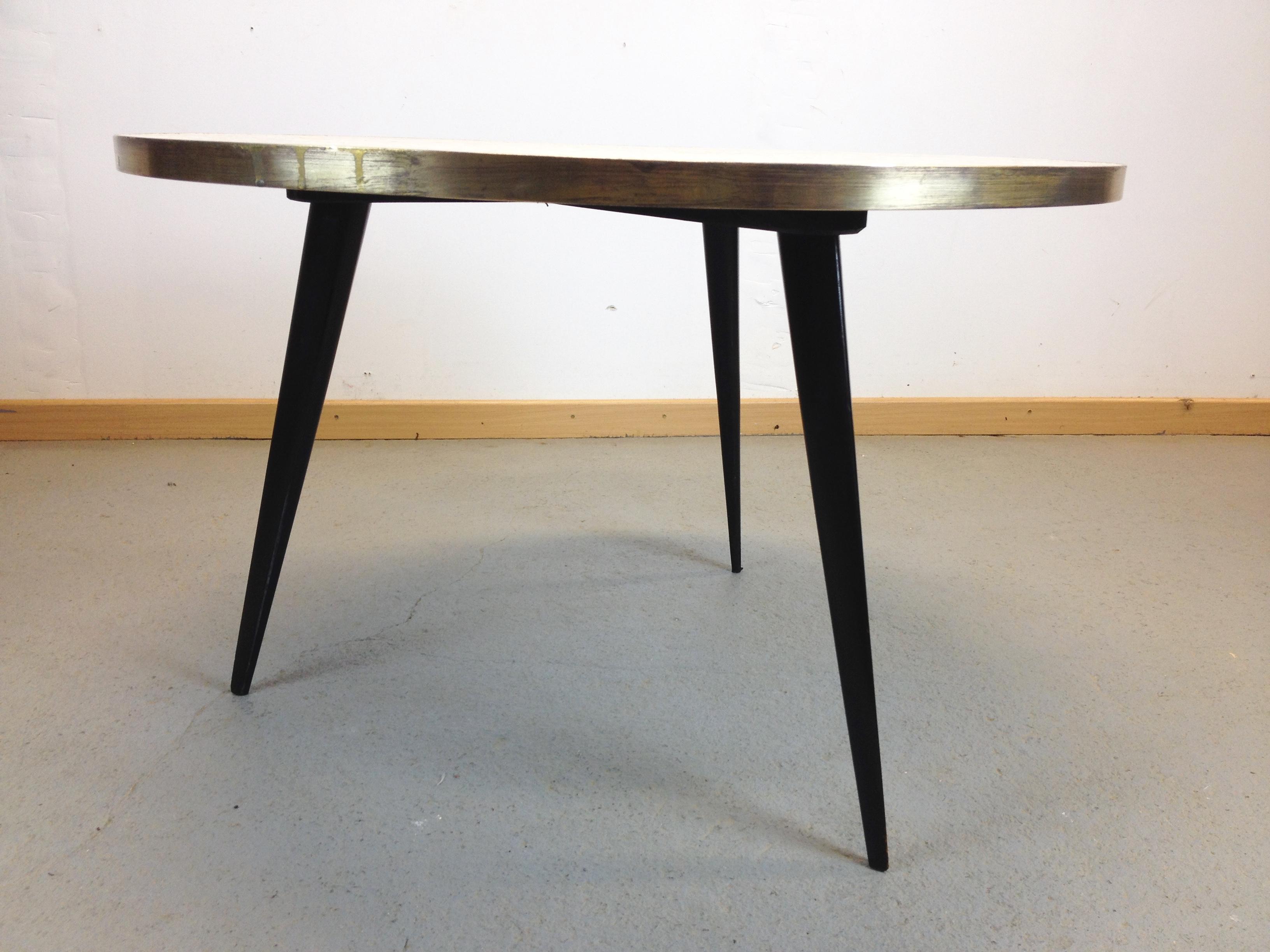 Table Tripode Années 50 table basse tripode mosaïque année 50 |