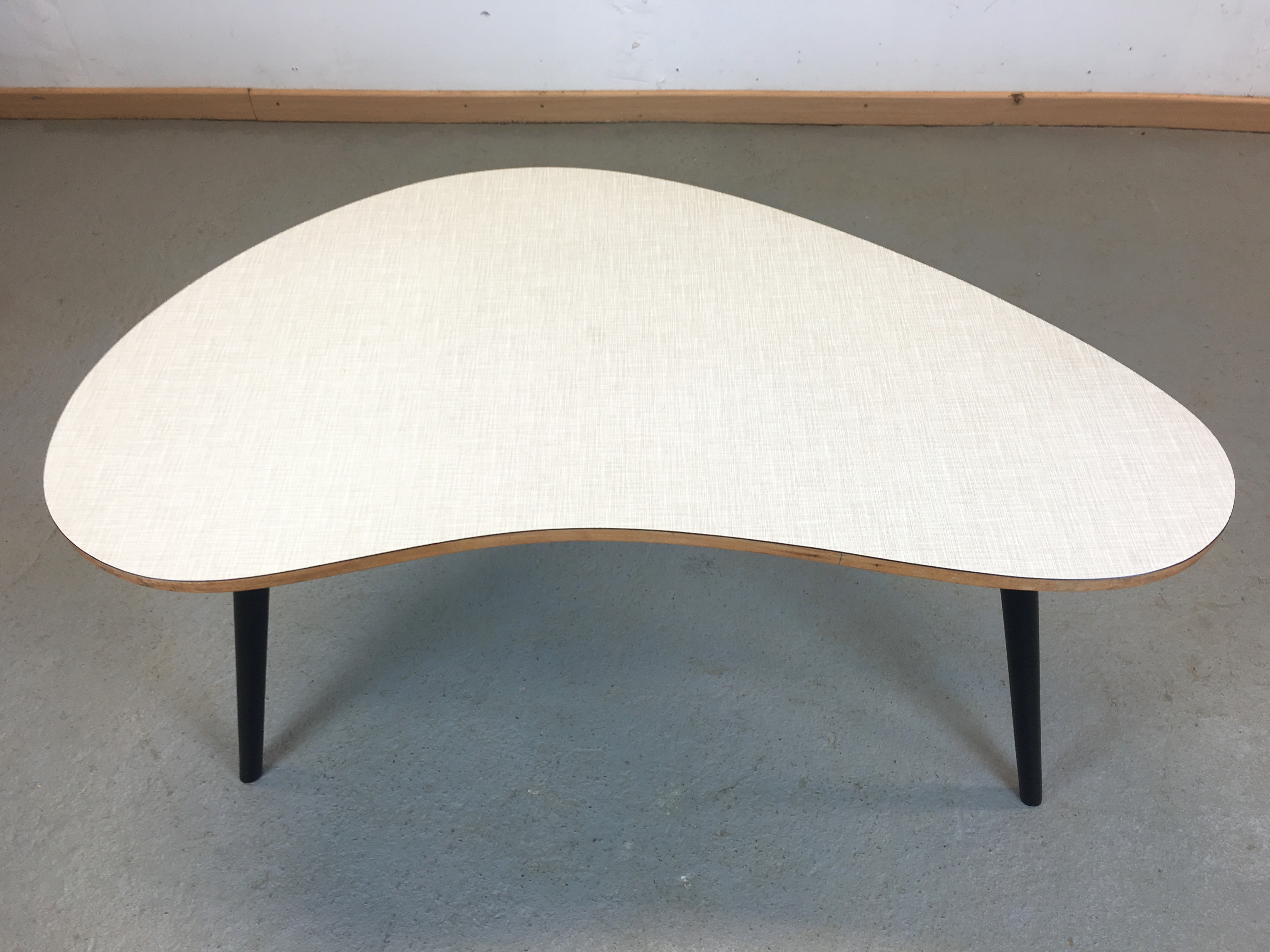 Table Basse Forme Libre Thonet Annee 50