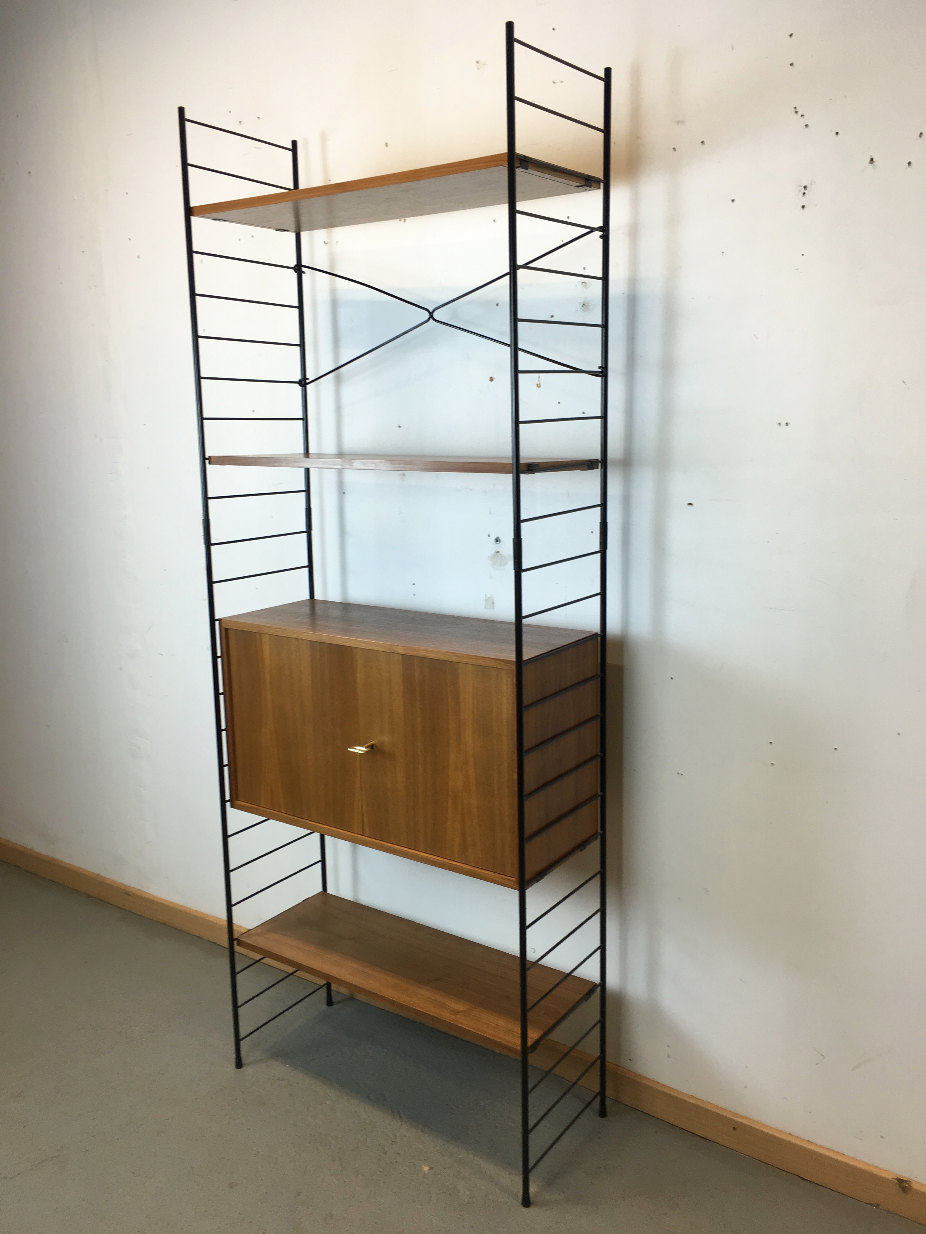 etag res biblioth que modulable string regal ann e 60. Black Bedroom Furniture Sets. Home Design Ideas