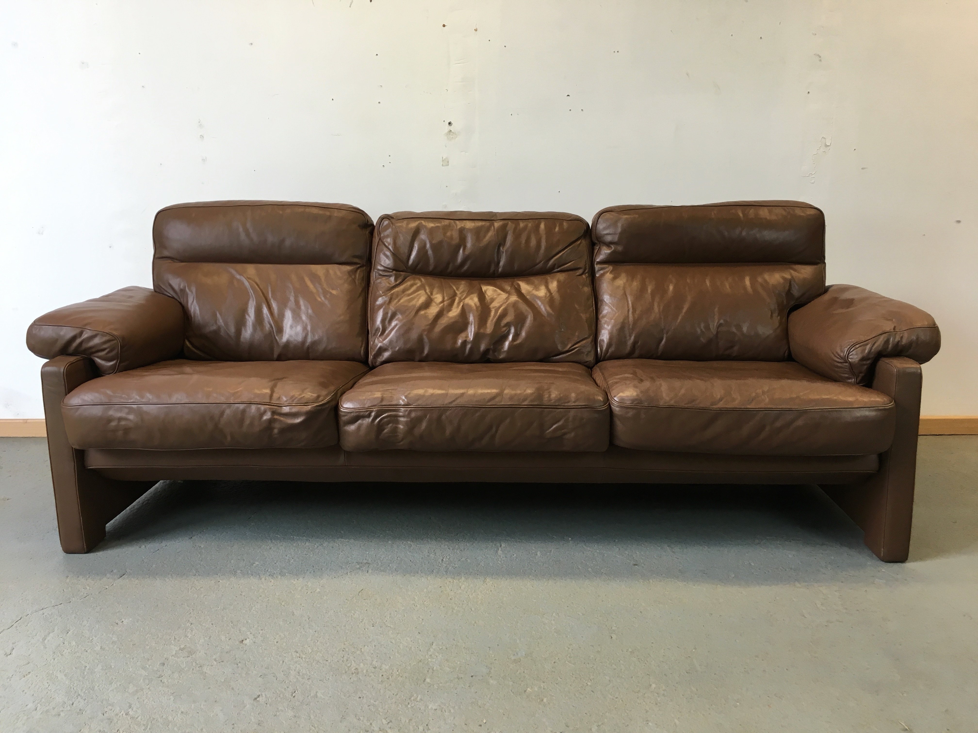 Canap cuir de sede vintage sofa de sede leather Sofas 50 sarria de ter