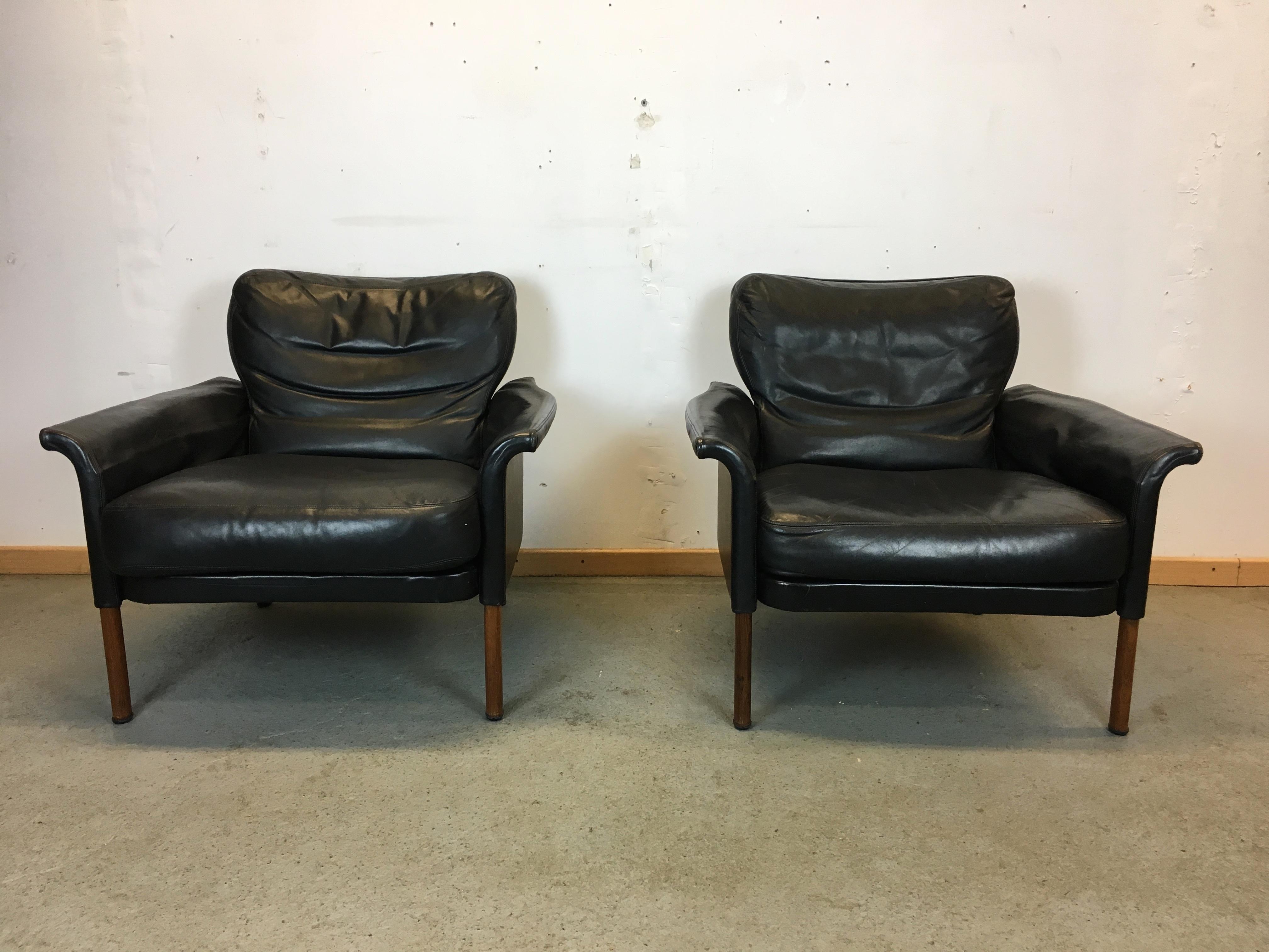 Paire fauteuils scandinave cuir année 60 Pair Chairs Leather Danish