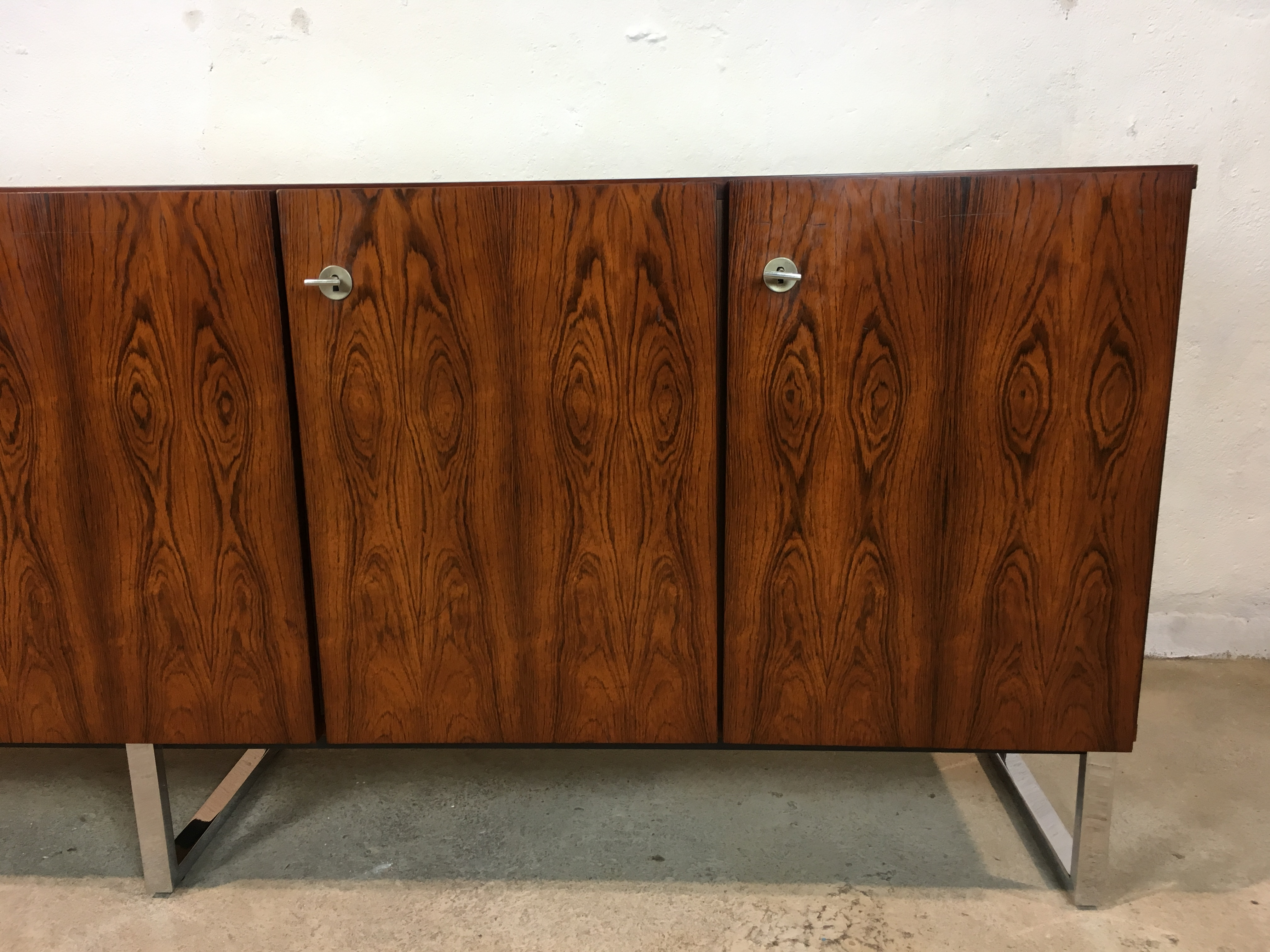 enfilade palissandre ann e 70 vintage sideboard rosewood design 1970 s. Black Bedroom Furniture Sets. Home Design Ideas